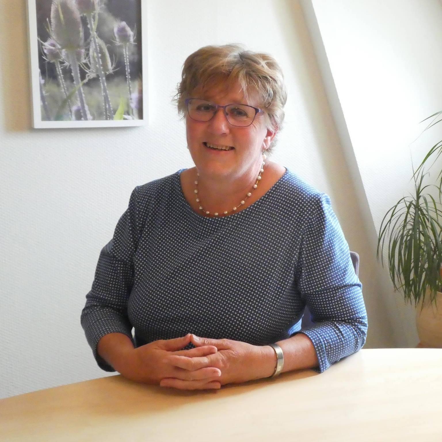 Tineke Veenstra